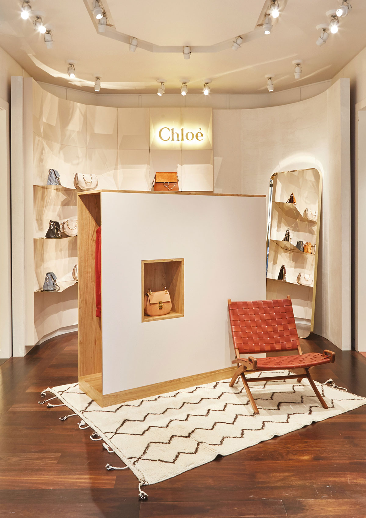 Chloe-pop-up-Barcelone-Atelier-Lame